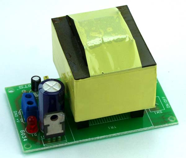 12V 700mA Regulated Linear Power Supply With on-board