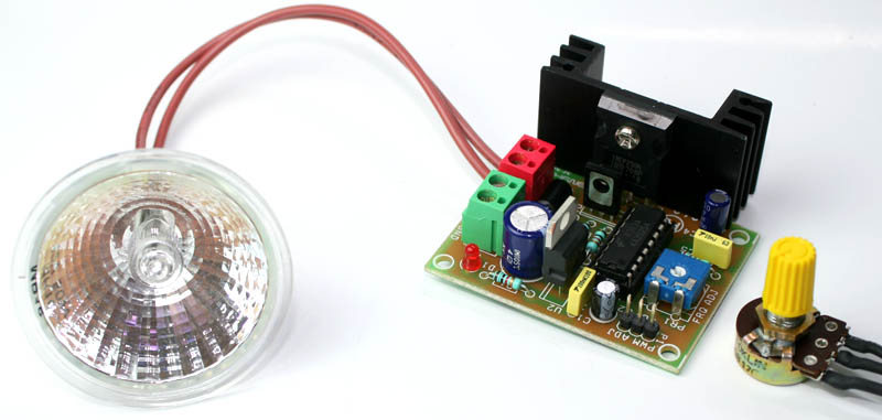 Lantern Flasher 8211 Dimmer By Lm358
