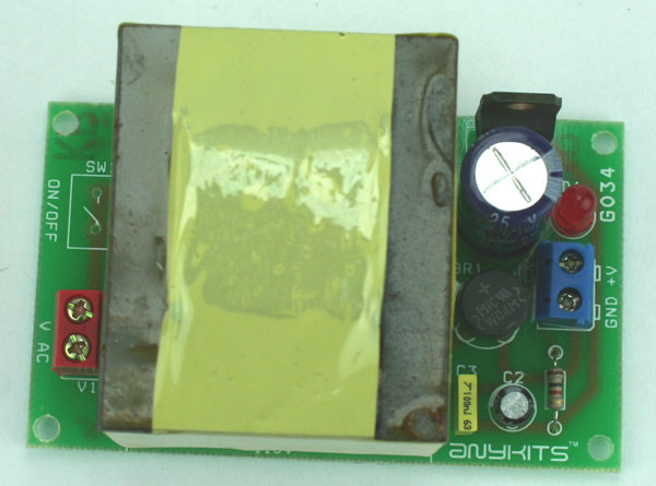 12V 700mA Regulated Linear Power Supply with On Board Transformer (1)