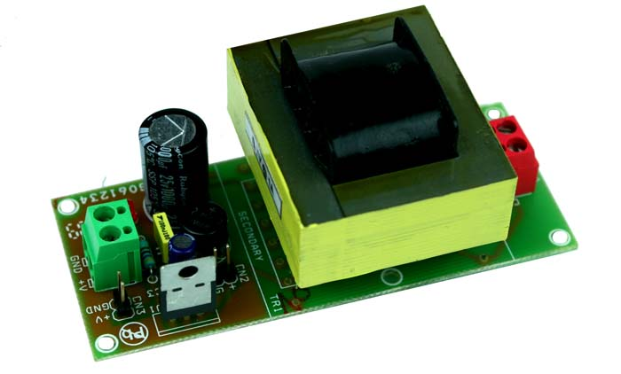 5V 1A Regulated Power Supply with On Board Transformer (1)