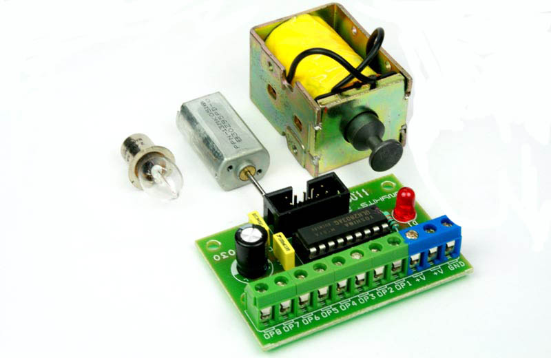 8 channel Lamp Solenoid Motor Driver Board Using ULN2803 (1)