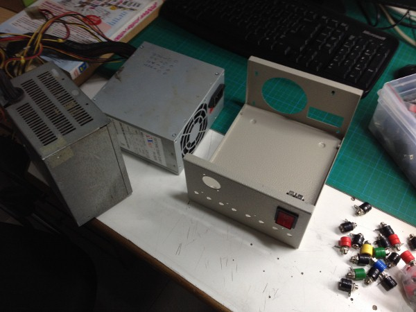 lab-bench-power-supply-using-atx-smps-and-enclosur-6-600x450